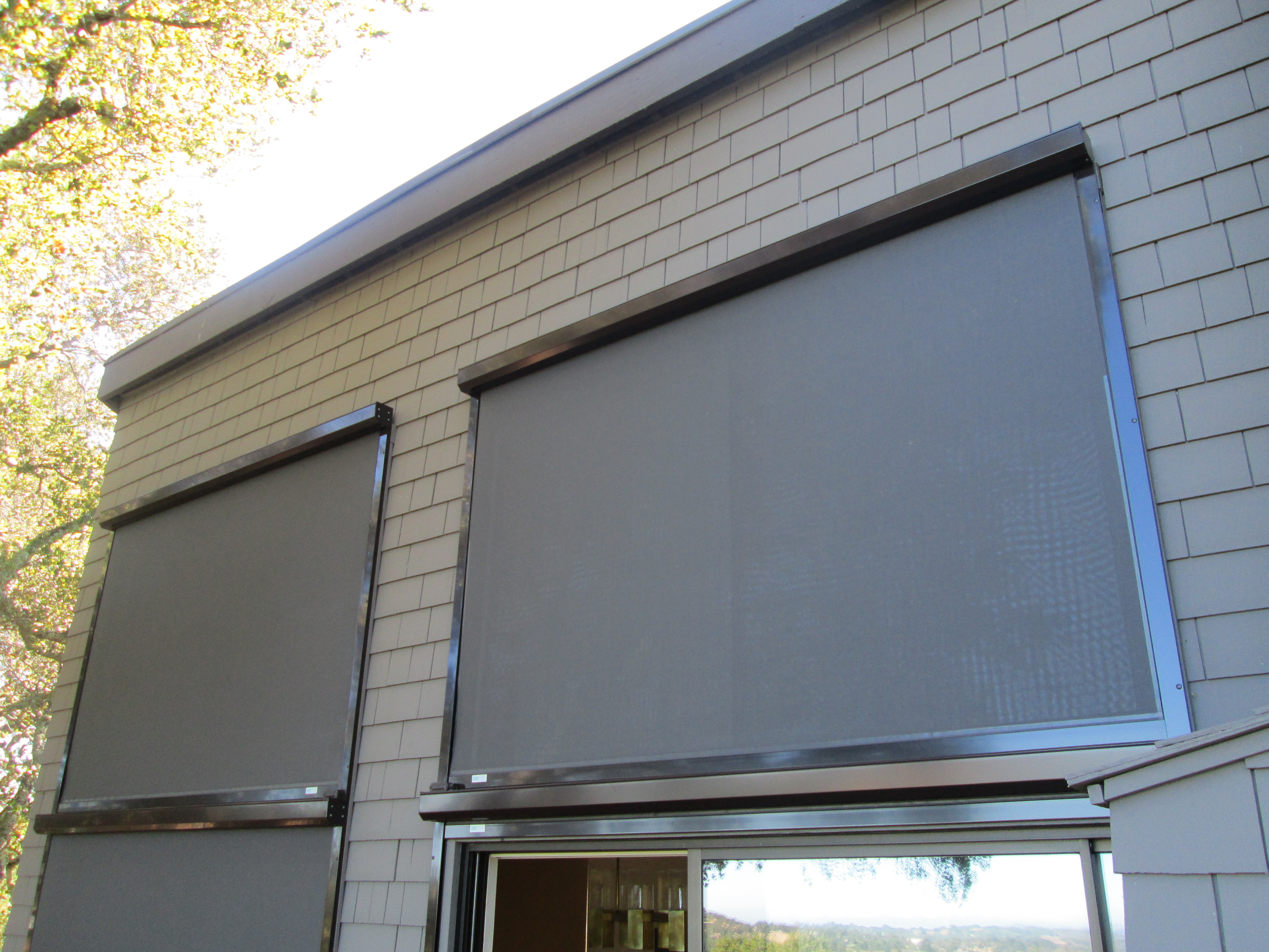 Retractable solar screens ers shading san jose ca for Do it yourself motorized blinds