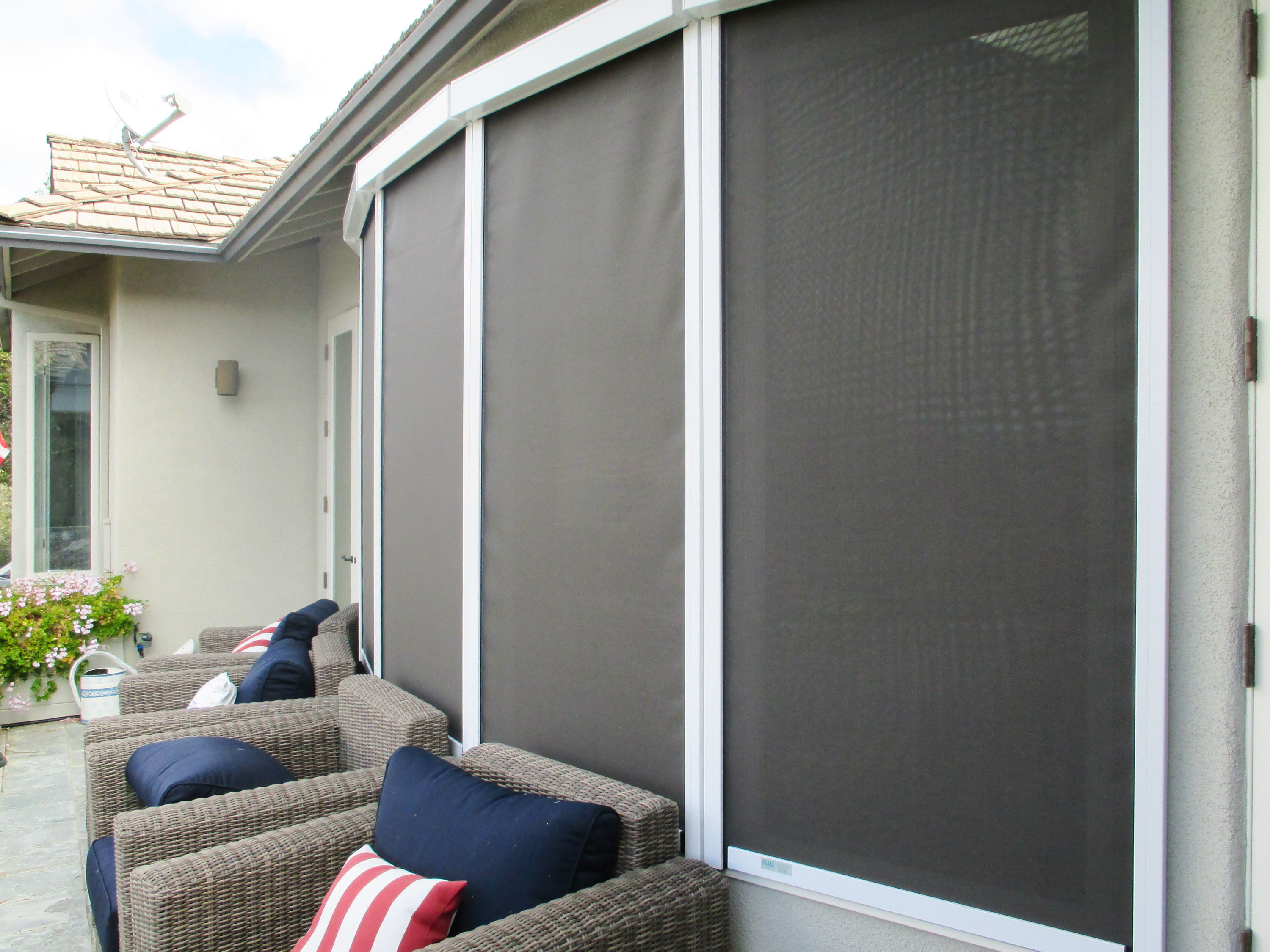 Exterior sun shades for windows -  Motorized Solar Screens Full Shading