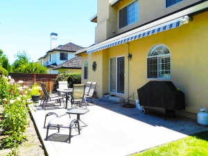 Closed Retractable Awning to Protect from High Winds