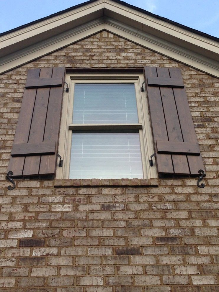 Homeowners Guide to Choosing the Best Window Shutters | Board & Batten Shutters
