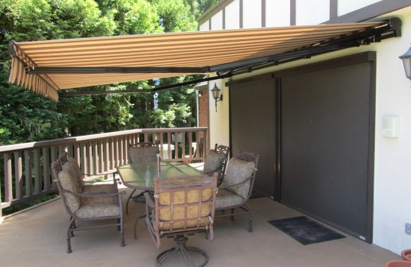 Retractable Awnings Photo Backyards