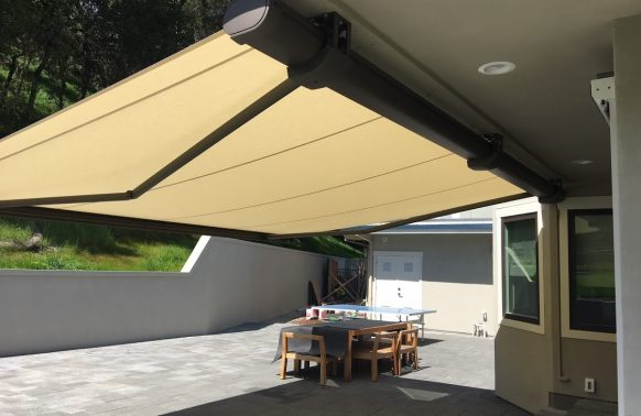 Retractable Awnings installation for your patio