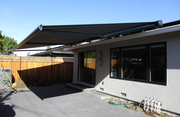 Retractable Awnings installation practical entrance