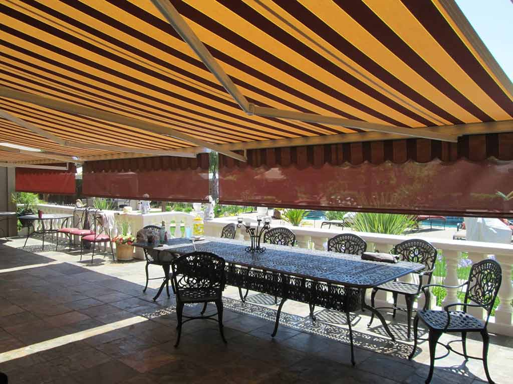 retractable awning with rolling solar-screen