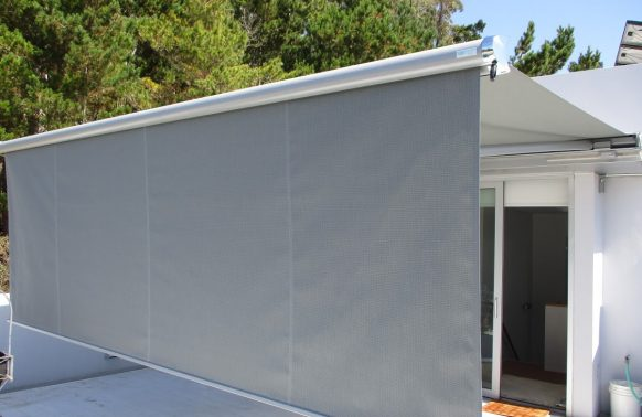 Retractable Awnings installation shade and block