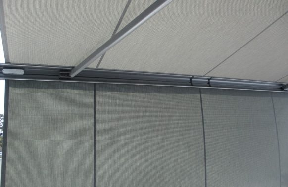 Retractable Awnings installation shading texture
